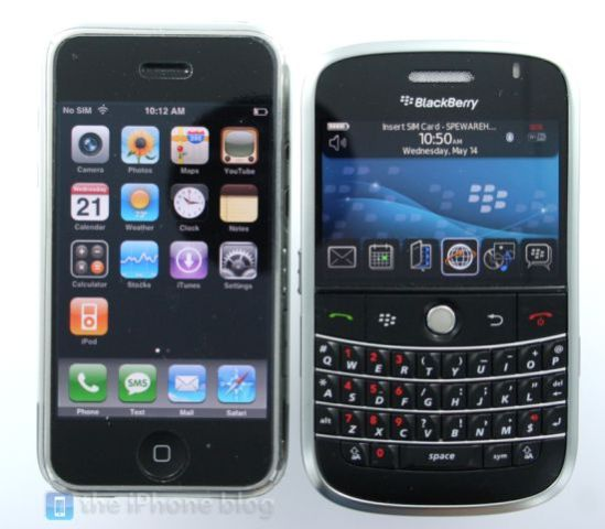 blackberry-vs-iphone.jpg