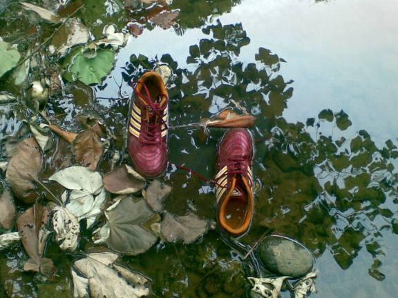 sepatu futsal 2.jpg